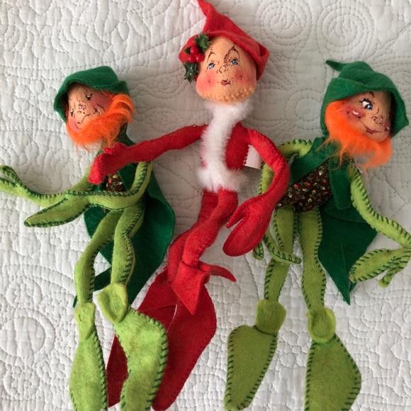 ANNALEE Elves